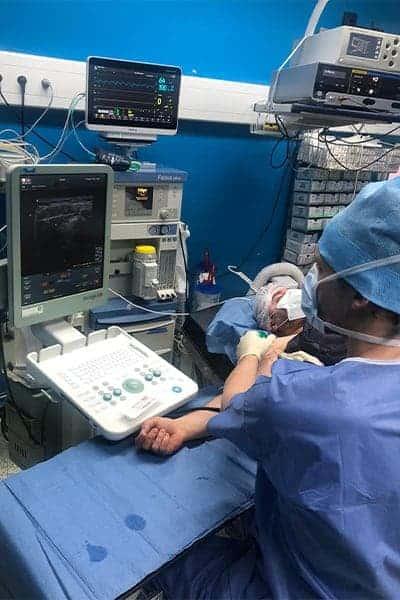 chirurgie de la main anesthesie locale epaule main paris chirurgien nerfs paris maladie atteintes nerfs peripheriques docteur patrick houvet