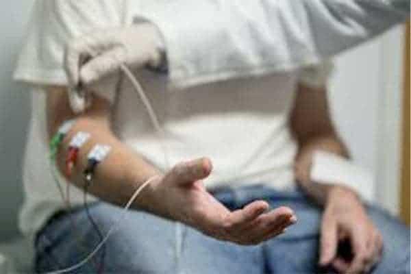 emg attentes epaule main paris chirurgien nerfs paris maladie atteintes nerfs peripheriques docteur patrick houvet